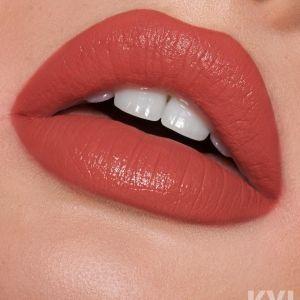 Minnie Lipstick Kylie Cosmetics Koko Collection